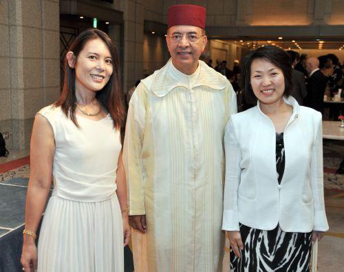 500 0730 モロッコ大使とあべ先生Ogura