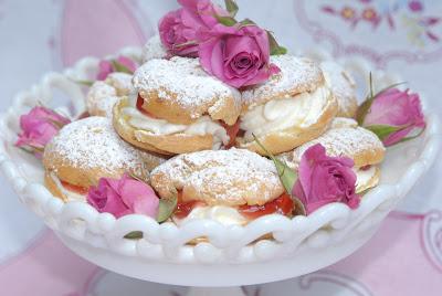 03_plum puffs raspberry cordial 082