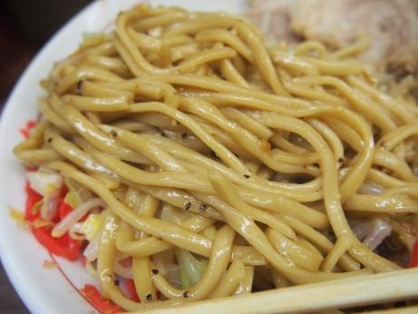 150417_横浜関内_小ラーメン_麺