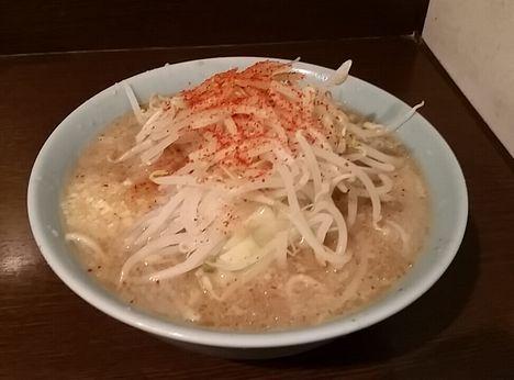150424_JR西口蒲田_小ラーメン_麺少な目_ニンニク唐辛子半分