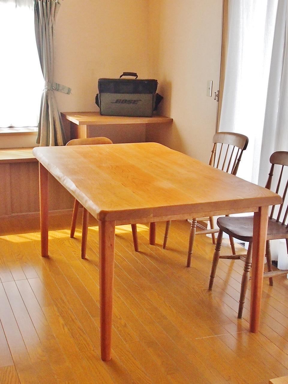 じざい工房 小林康文のダイニングテーブル