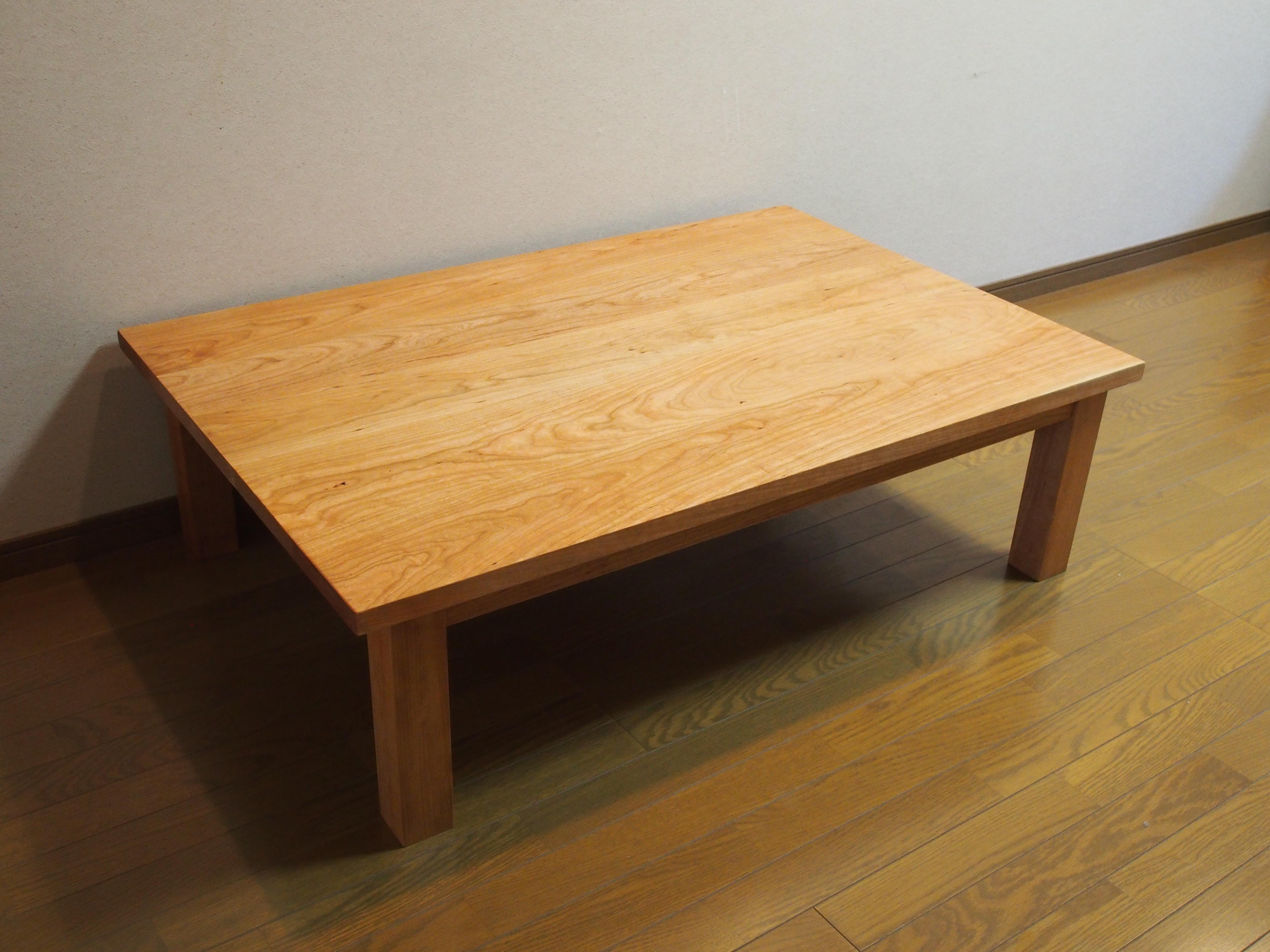 じざい工房 小林康文の無垢材の座卓
