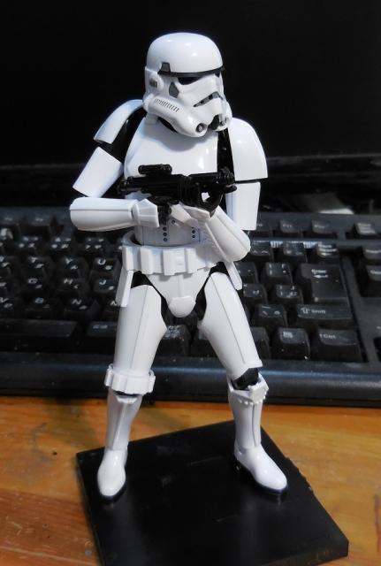 SW_StormTrooper_04.jpg