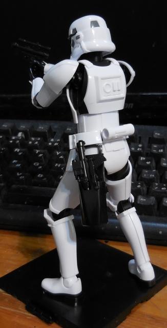 SW_StormTrooper_06.jpg