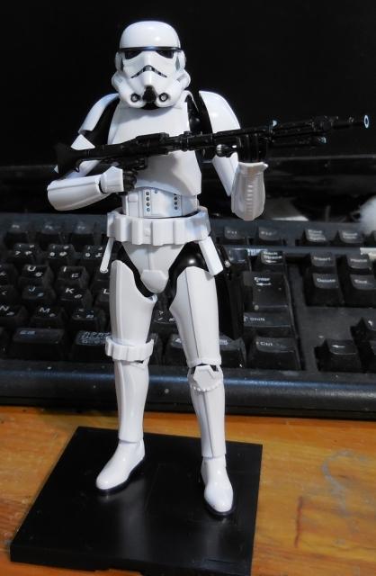 SW_StormTrooper_07.jpg