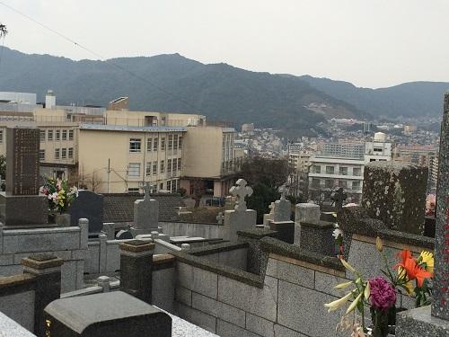 坂本町墓地