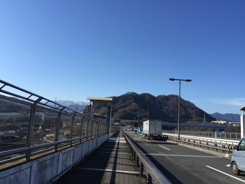 tukuisiroyama01.jpg