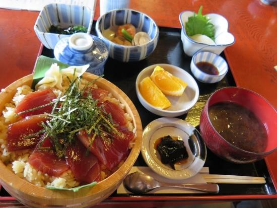 てこね寿司 松 平膳