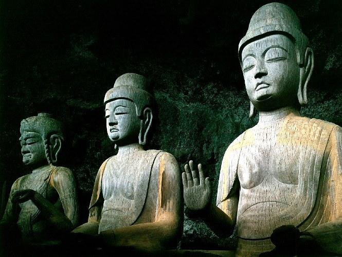 龍岩寺・三尊仏像