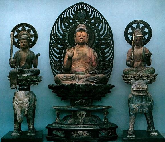 平等寺釈迦三尊像~盗難前の姿