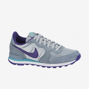 Nike-Internationalist-Womens-Shoe-629684_008_A.jpg