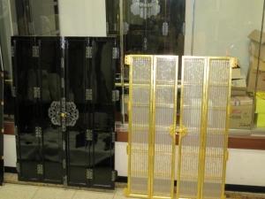 W800Q75_お彼岸に収めたお仏壇の扉と障子、総漆