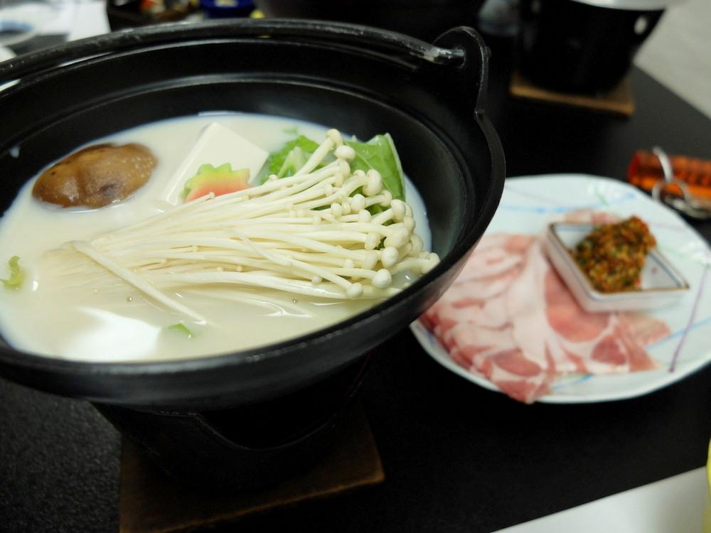 ひふみ旅館 夕食02