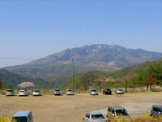 栗山ダムPから女峰山