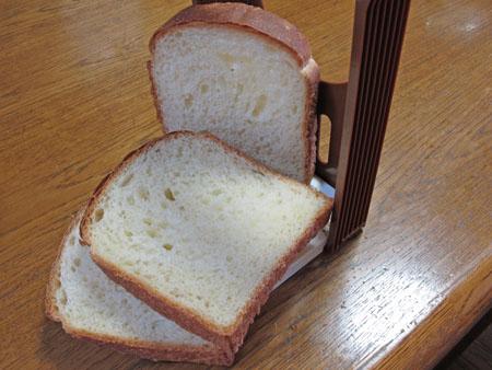 6月14日 食パン 1