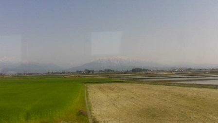 2日目富山→泊(立山遠景)