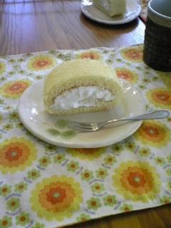 3日ロールケーキ