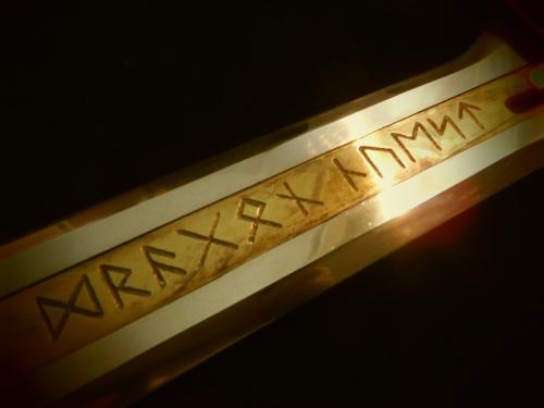 K様 金属製王者の剣 完成写真⑤