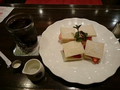 朝日珈琲サロン胡町店004