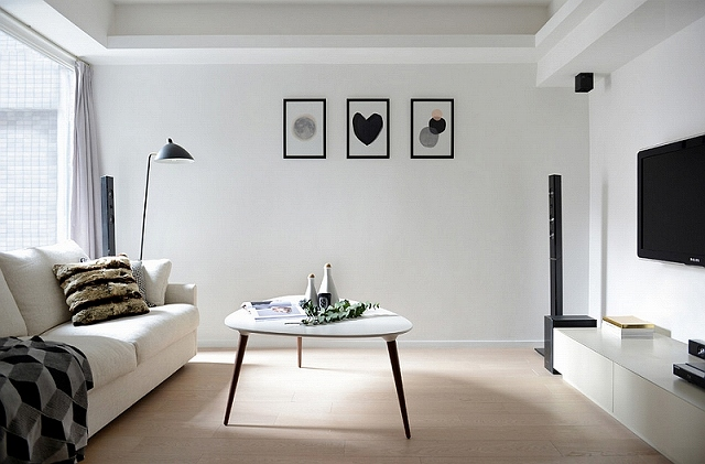 A-minimal-Scandinavian-style-to-the-living-room-in-black-and-white.jpg
