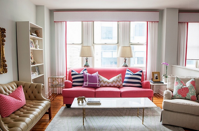 A-touch-of-hot-pink-in-the-chic-living-room.jpg