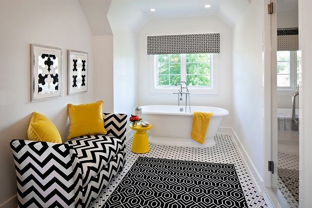 Black-and-white-contemporary-bathroom-with-pops-of-yellow_2015031307065444b.jpg
