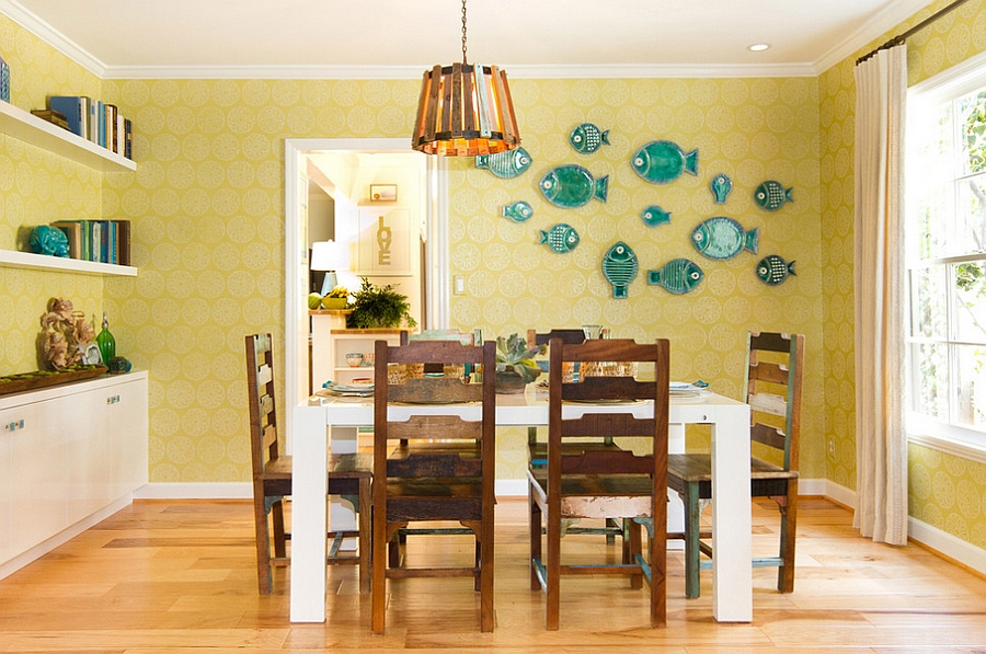 Clever-blue-accents-enliven-the-yellow-dining-room.jpg