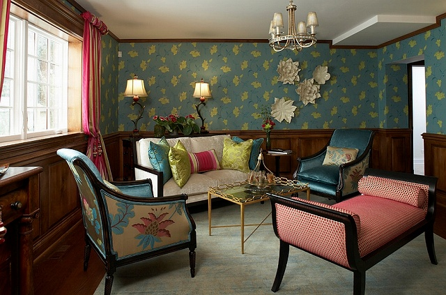 Colorful-living-room-with-chic-bohemian-charm.jpg