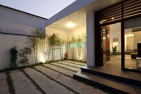 House-in-Go-Vap-by-MM++-Architects-14.jpg