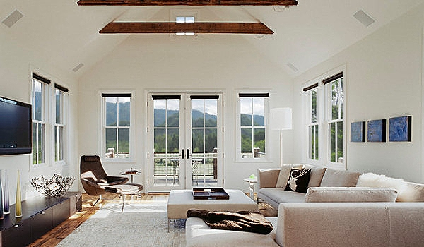 Light-and-airy-living-room.jpg