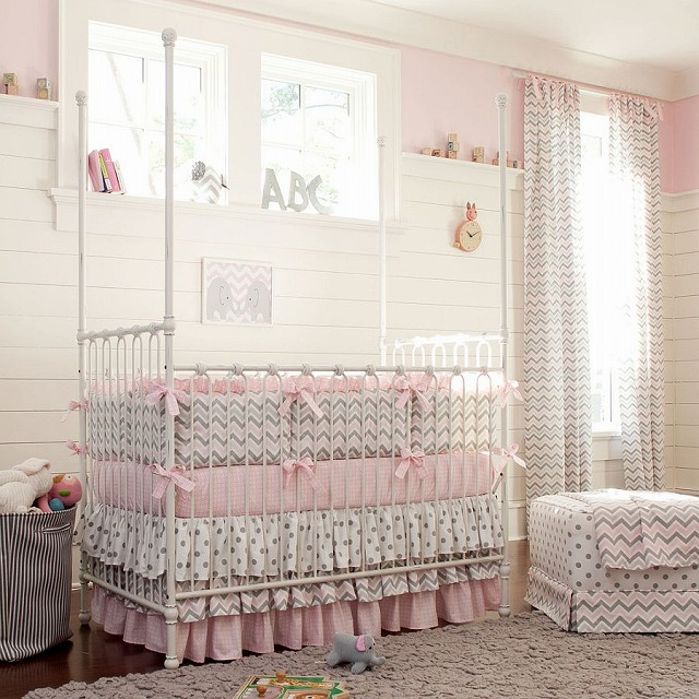Nursery-with-polka-dots-and-chevron-pattern.jpg