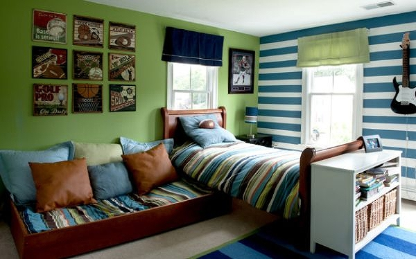 Stem-green-by-Benjamin-Moore-combined-with-blue-and-white-stripes.jpg