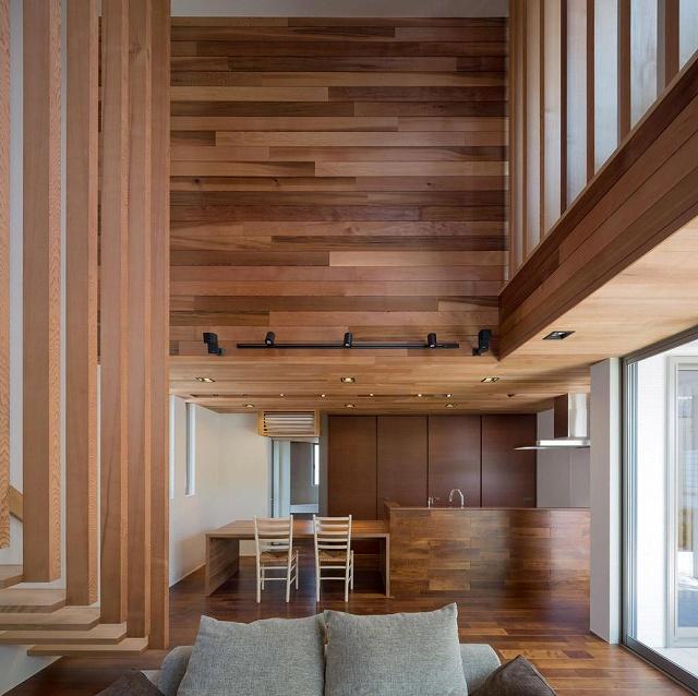 Wooden-Details2.jpg
