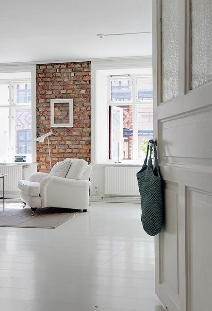 charming-apartmentFreshome24.jpg