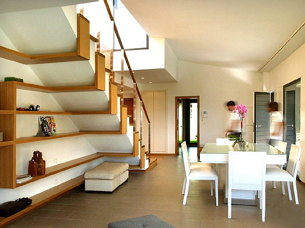 storage-space-stairs-10.jpg