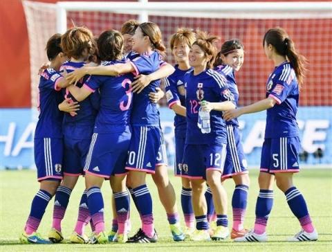 2015女子W杯イングランド戦鮫ちゃん②