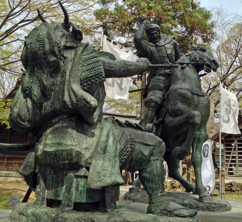 川中島古戦場の謙信