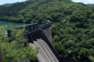 丸山ダム (ぷに子撮影)