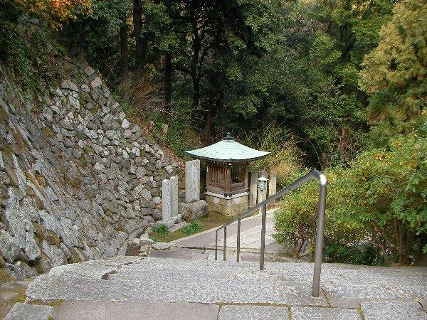 201501141322谷田寺石段①