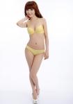 中国人モデル セクシー ランジェリー イエロー ブラジャー パンティー おっぱいの谷間 全身 高画質エロかわいい画像175