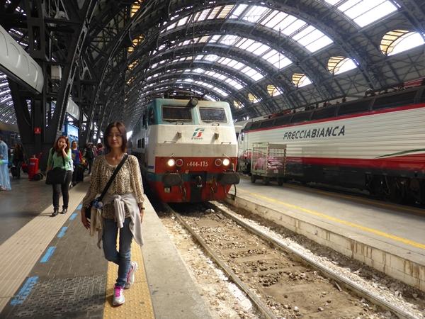 mミラノ駅到着