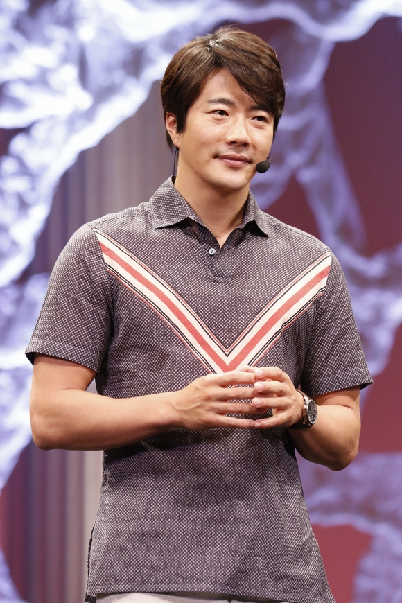 Kwon Sang Woo The Stage 2015-1