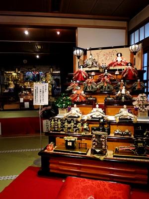 常光円満寺雛飾り1502