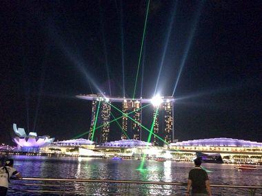 シンガポール マンセー!w