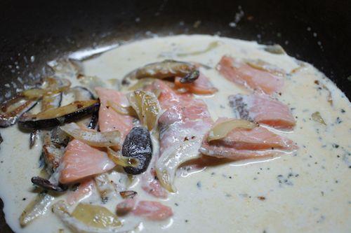 salmon asparagus cream sauce4