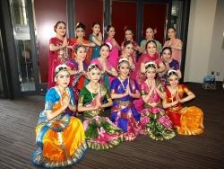 インド舞踊サナトクマラ ワンワールドフェスティバル2014 舞台