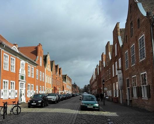 16 オランダ人街