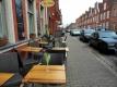 22 オランダ人街 レストランの前