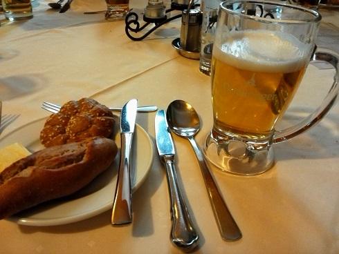 13 レストラン・昼食