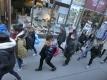 22 ウィーンの街角・若者たち(拡大)